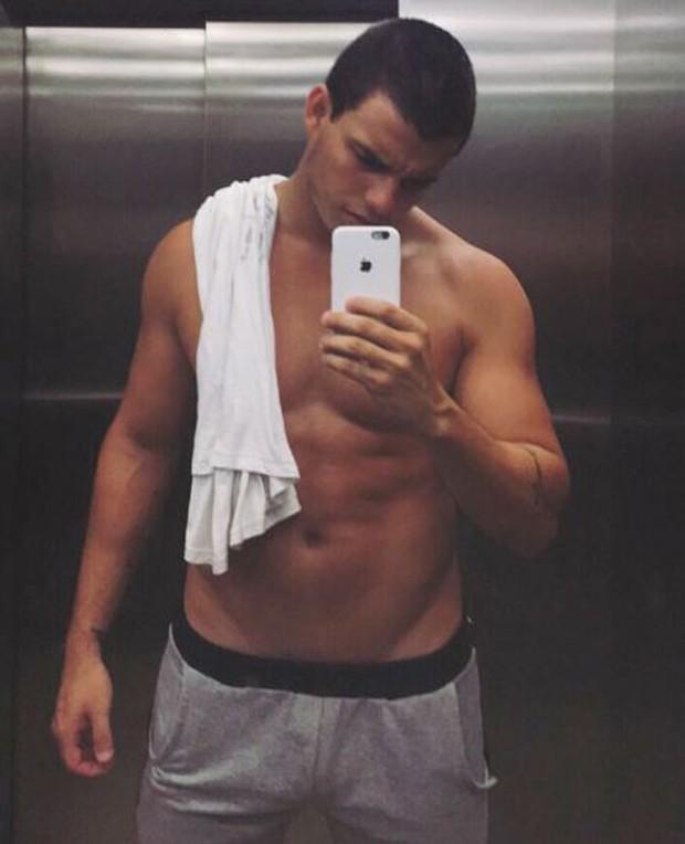Antônio Rafaski conquistou seu corpo definido com muita malhação e dieta balanceada (Foto: Reprodução/Instagram)