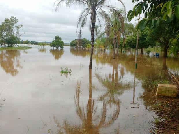 Alagamento aconteceu nesta quarta-feira (13), em Teodoro Sampaio (Foto: Cedida)