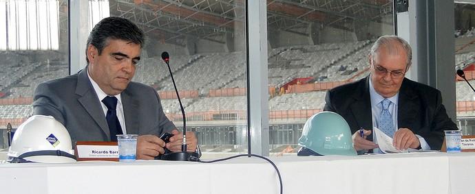 contrato obras Cruzeiro Minas Arena (Foto: Lucas Catta Prêta / Globoesporte.com)