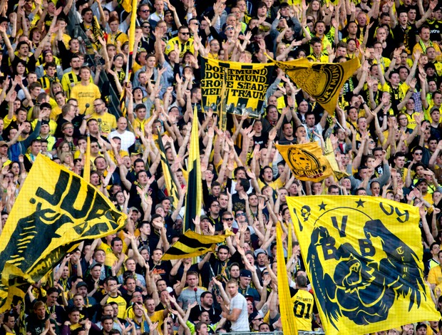 Torcida Borussia Dortmund (Foto: AFP)