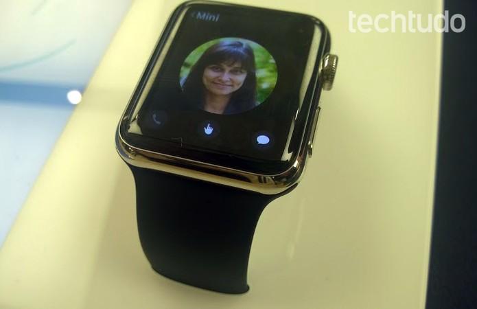 Janela de contatos do Apple Watch traz as fotos dos seus amigos  (Foto: Elson de Souza/TechTudo)