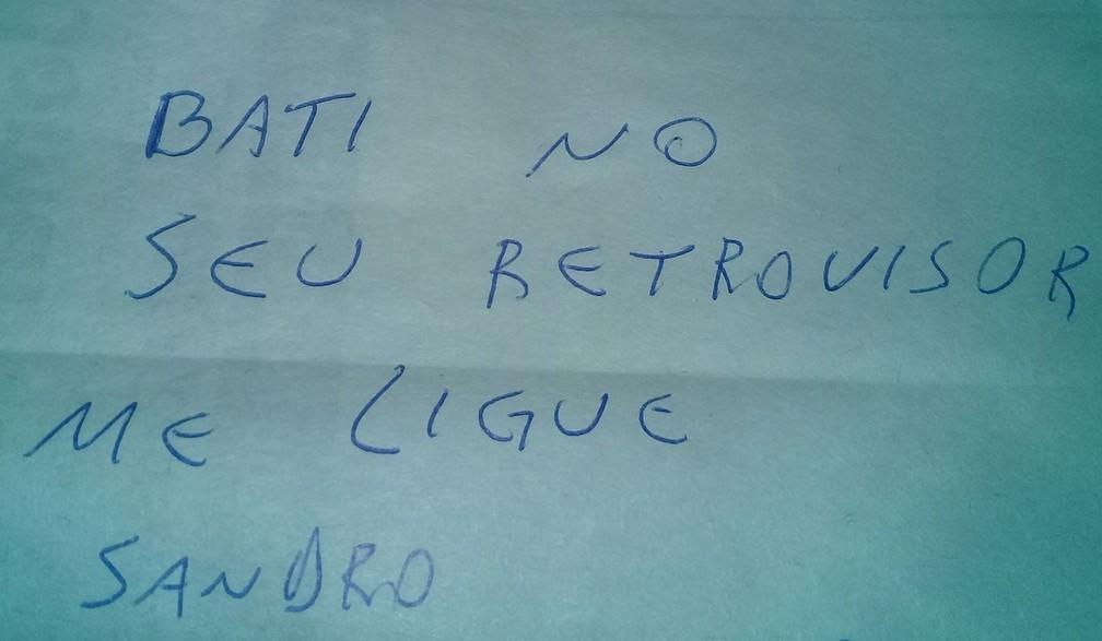 Bilhete deixado em carro após batida chama a atenção em Itararé (Foto: Arquivo Pessoal/Cristiano Borges)