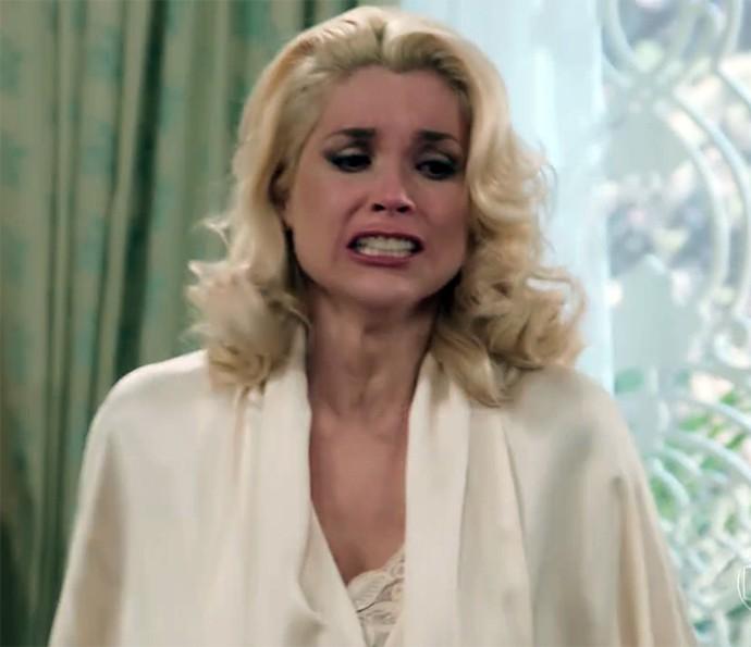 Sandra teve surto de raiva! (Foto: TV Globo)