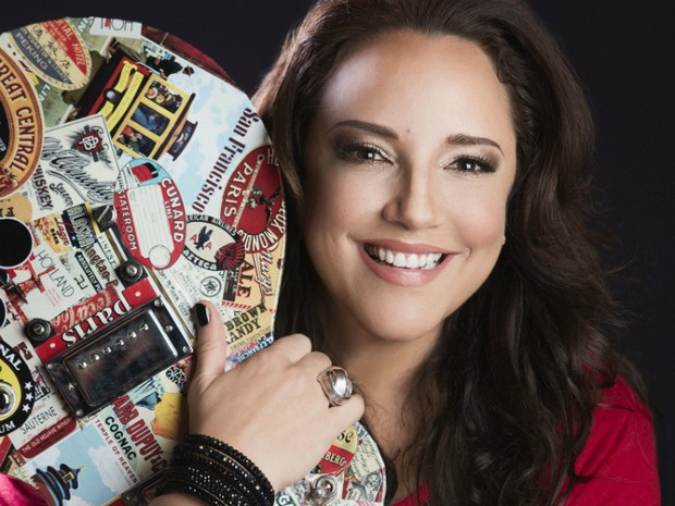 Ana Carolina faz show em Salçvador, cantando seus grandes sucessos (Foto: Leo Aversa/Divulgação)