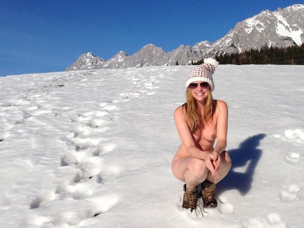 Carina Moreschi é naturista e acredita que 'peladões do RS' não seguem a filosofia do naturismo (Foto: Glacy Moraes/Arquivo Pessoal)