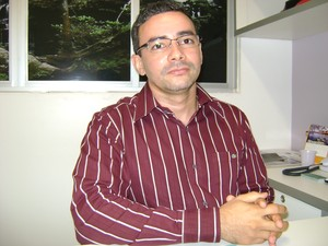 Médico aponta falhas na assitência aos esquizofrênicos no Piauí (Foto: Viviana Braga/G1)