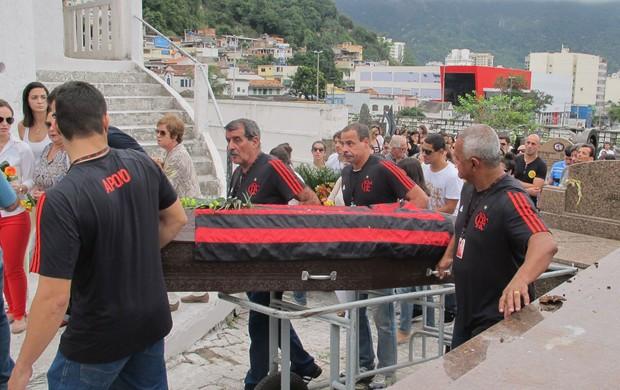 Enterro Marcela Pereira Nado Sincronizado Flamengo (Foto: Leonardo Filipo)