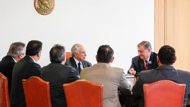 Presidente da CNA se reúne com Michel Temer no Dia do Agricultor (Foto: Beto Barata/PR)