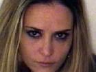 Advogados de ex de Charlie Sheen barganham para ela não ser presa