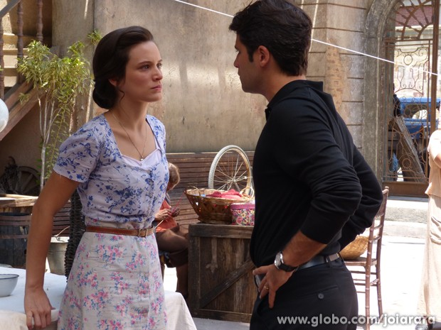 Amélia para Franz: 'Quero você fora da minha vida pra sempre!'  (Foto: Fábio Rocha/TV Globo)