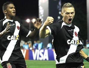 Marlone comemora gol do Vasco contra o Nacional-AM (Foto: Marcelo Sadio / Vasco.com.br)