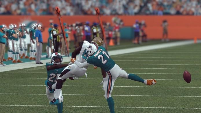 Game tem ainda mais colisões e está mais difícil (Foto  Reprodução Thiago  Barros Madden NFL 16  jogo ... aa2703bbde34d