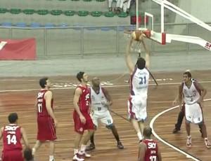 Inter Santos Pinheiros basquete (Foto: Reprodução / TVTribuna)