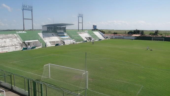 Estádio Gerson Amaral, em Coruripe (Foto: Leonardo Freire/GloboEsporte.com)