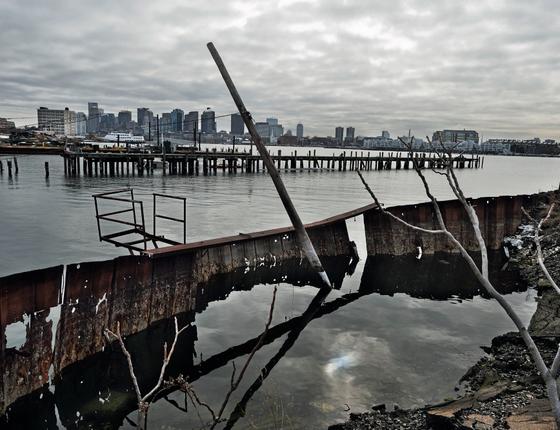 Boston: uma das opções para se proteger é fechar todo o porto (Foto:    Kadir van lohuizen / NOOR)