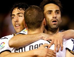 Jonas valencia gol real betis (Foto: Agência Reuters)