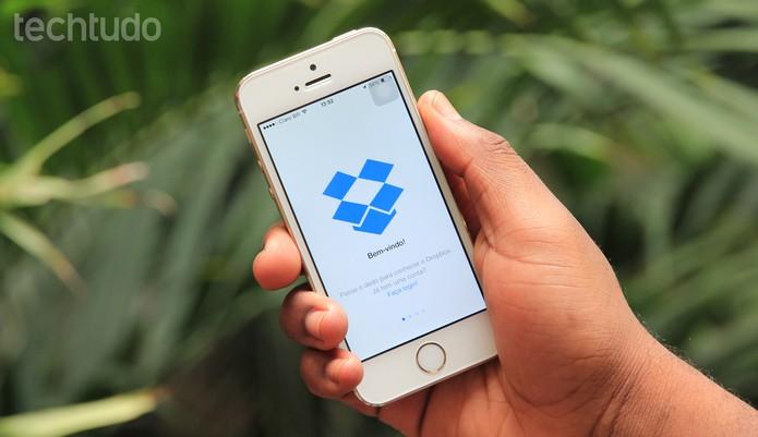 Dropbox inclui suporte ao TouchID para proteger arquivos no app para iOS  (Foto: Anna Kellen Bull/TechTudo)