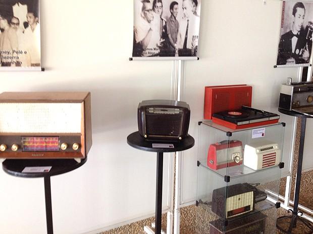 Aparelhos de rádio também são destaque da 11ª exposição do radialista (Foto: Divulgação)