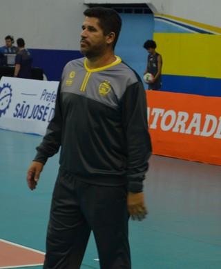 Fabrizio Capello Técnico São José Vôlei (Foto: Felipe Kyoshy/GloboEsporte.com)