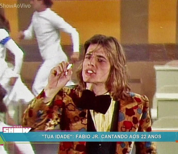 Aos 22 anos, Fábio Jr. exibia as madeixas loiras (Foto: TV Globo)
