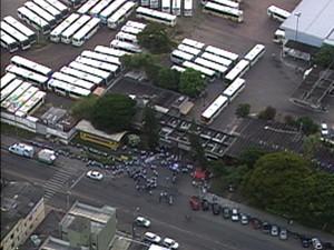 Greve dos rodoviários entra no quinto dia, em Porto Alegre (Foto: Reprodução/RBS TV)