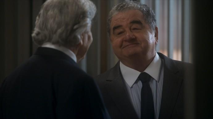Venturini faz ameaça a Fausto (Foto: TV Globo)
