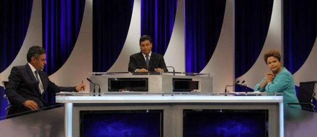 Aécio Neves e Dilma Rousseff, debate do SBT (Foto: O Globo)