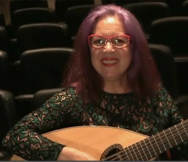 Tetê canta o sucesso Escrito nas Estrelas (Foto: TV Globo)
