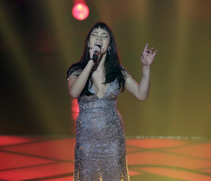 Jade Baraldo cantou 'Qualquer Coisa' (Foto: Artur Meninea/Gshow)