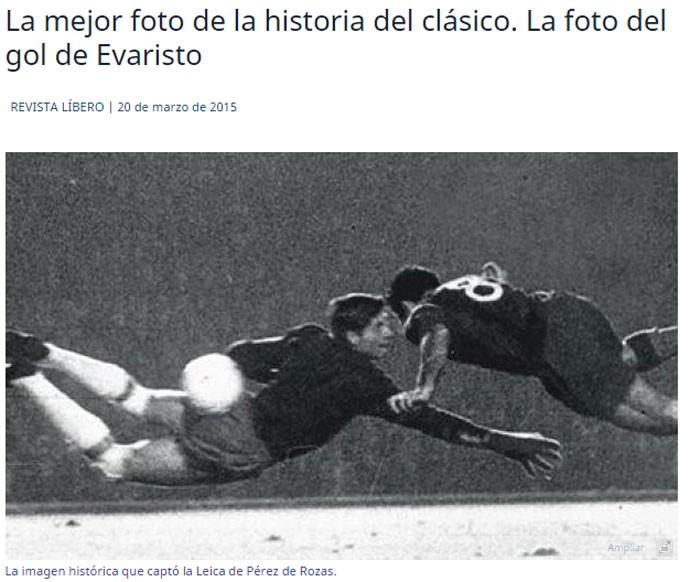 """BLOG: Melhor foto da história: Evaristo é homenageado por gol do fim da """"era Real"""""""