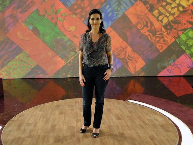 Look de Fátima nesta sexta-feira: casual sem deixar de ser elegante (Foto: Encontro com Fátima Bernardes/TV Globo)
