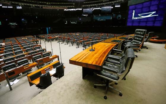 A lista de Fachin esvaziou o Congresso. Resta saber até quando o efeito paralisante permanecerá (Foto:   Pedro Ladeira/Folhapress)
