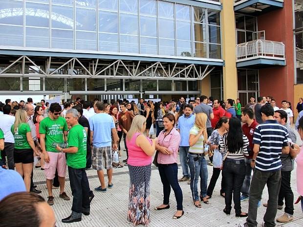 Quase dois mil candidatos se inscreveram para o exame da OAB no Amazonas (Foto: Jamile Alves/G1 AM)