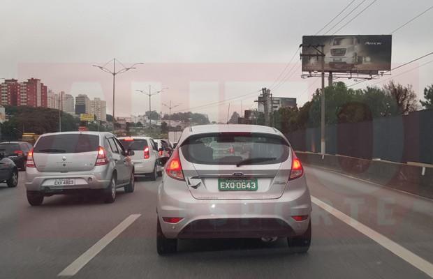Ford Fiesta 1.0 Ecoboost é flagrado pelo leitor Rodrigo de Oliveira-Barbosa (Foto: Rodrigo de Oliveira-Barbosa)