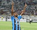 Após gol e vitória na estreia, Léo Moura vê Grêmio forte na Libertadores