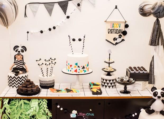 Mesa do aniversário de 5 anos da Manuela (Foto: Lilian Cruz)