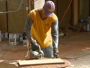 Inscrições abertas para curso de qualificação em construção civil em Araraquara (Foto: Ely Venâncio/EPTV)