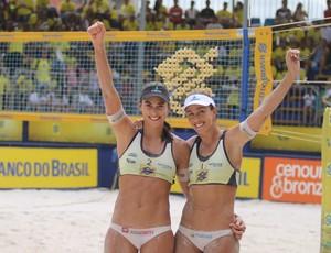 vôlei de praia, Maria Clara e Carol (Foto: Paulo Frank / CBV)