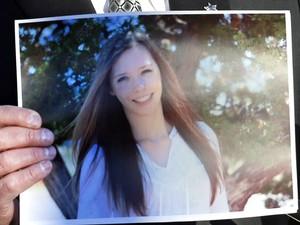Claire Davis, 17, ferida gravemente em um tiroreio na escola Arapahoe, no Colorado (EUA). (Foto: Ed Andrieski/AP)