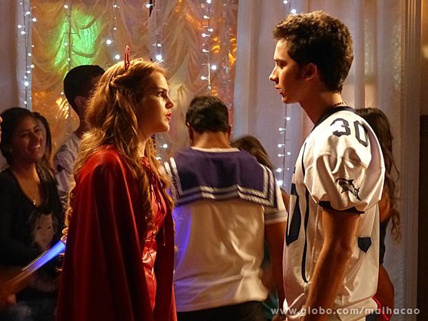 Anita aproveita a oportunidade para dar um esporro em Ben (Foto: Malhação / TV Globo)