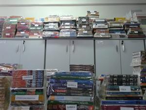 Uepa recebe 2.500 livros doados por projeto, em Belém (Foto: Divulgação/Uepa)