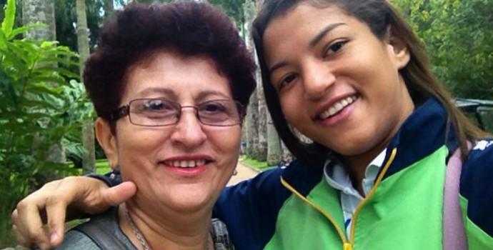 Dona Dina e a filha Sarah Menezes (Foto: Arquivo Pessoal)