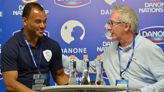 Cafu e Franck Riboud Copa Danone Torneio Internacional de Nações sub-12 (Foto: Vitor Geron)
