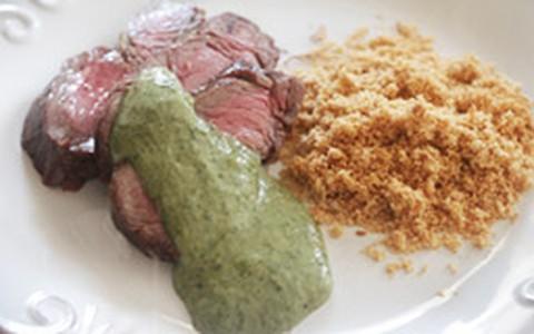 Rosbife de filé-mignon com molho de agrião: veja as duas receitas