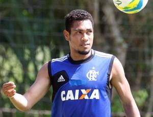 Hernane treino do Flamengo (Foto: Marcos Tristão / Agência O Globo)