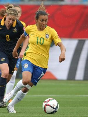 BLOG: Marta faz golaço e fica perto de superar Pelé