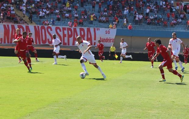 Vila Nova x Mogi Mirim - Série C 2013 (Foto: Fernando Vasconcelos / Globoesporte.com)