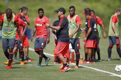 Muricy Ramalho treino Flamengo Mangaratiba (Foto: Gilvan de Souza/Flamengo)