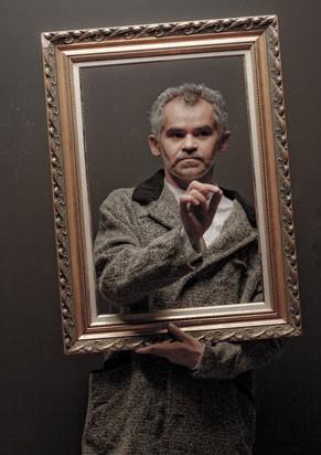 Gero Camilo vive Vincent Van Gogh em 'A Casa Amarela' (Foto: Divulgação)