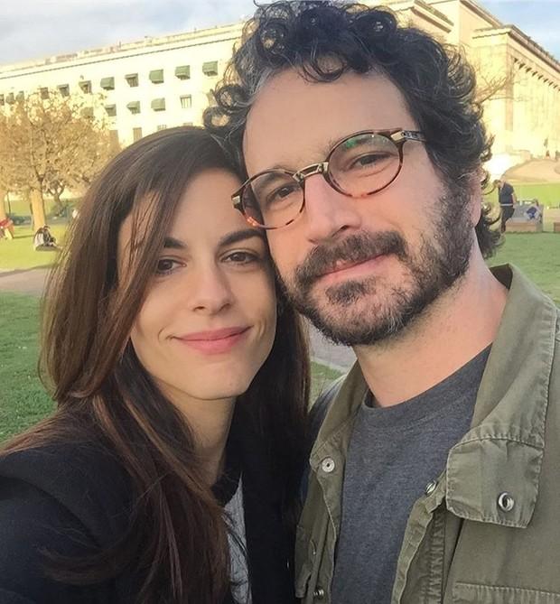 Luisa Micheletti e Caco Ciocler (Foto: Instagram / Reprodução)